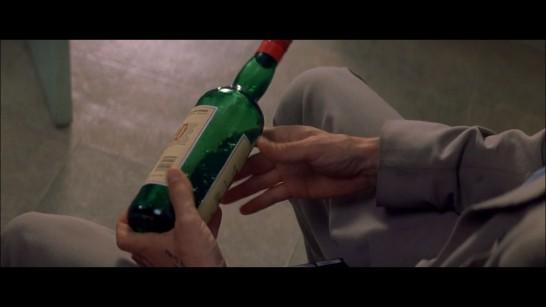 310819 memento_bottle_scene